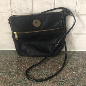 Tommy Hilfiger black purse